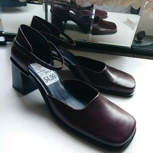 KENNETH COLE Chunky Heel Shoes Size 10 Never Worn